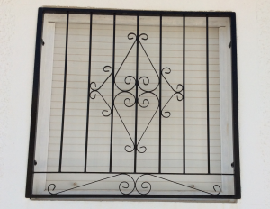 Metal Single window nr 5 home security in Murcia by Eriks Metal Work
