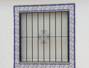 Metal Single window nr 3 home security in Murcia by Eriks Metal Work