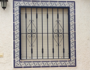 Metal Single window nr 4 home security in Murcia by Eriks Metal Work