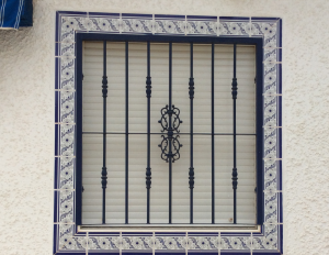 Metal Single window nr 6 home security in Murcia by Eriks Metal Work