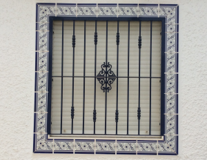 Metal Single window nr 7 home security in Murcia by Eriks Metal Work