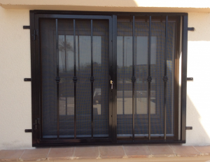 Metal Fire-escape window nr 1 home security in Murcia by Eriks Metal Work