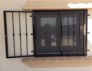 Metal Fire-escape window nr 2 home security in Murcia by Eriks Metal Work