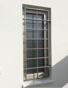 Metal Single window nr 13 home security in Murcia by Eriks Metal Work