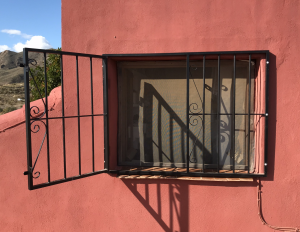 Metal Fire-escape window nr 6 home security in Murcia by Eriks Metal Work