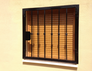 Metal Fire-escape window nr 4 home security in Murcia by Eriks Metal Work