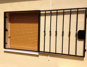 Metal Fire-escape window nr 5 home security in Murcia by Eriks Metal Work
