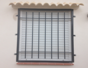 Metal Single window nr 16 home security in Murcia by Eriks Metal Work