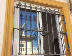 Metal Single window nr 18 home security in Murcia by Eriks Metal Work