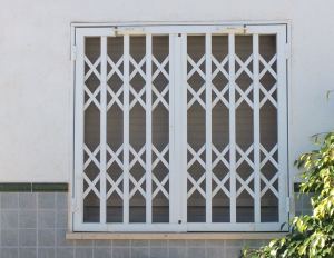 Metal Single window nr 19 home security in Murcia by Eriks Metal Work